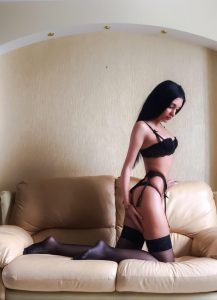 Read more about the article Nina, Model dulce, sensual y explosiva
